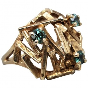 vintage-retro-9ct-gold-synthetic-spinel-brutalist-ring Beryl Lane - Home